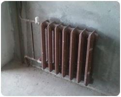 Установка чугунного радиатора отопления 38